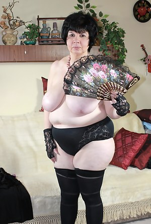 Big Tits Gloves Porn Pictures