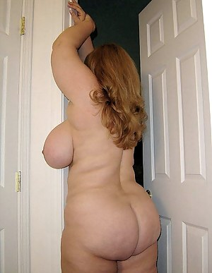 Big Booty and Tits Porn Pictures